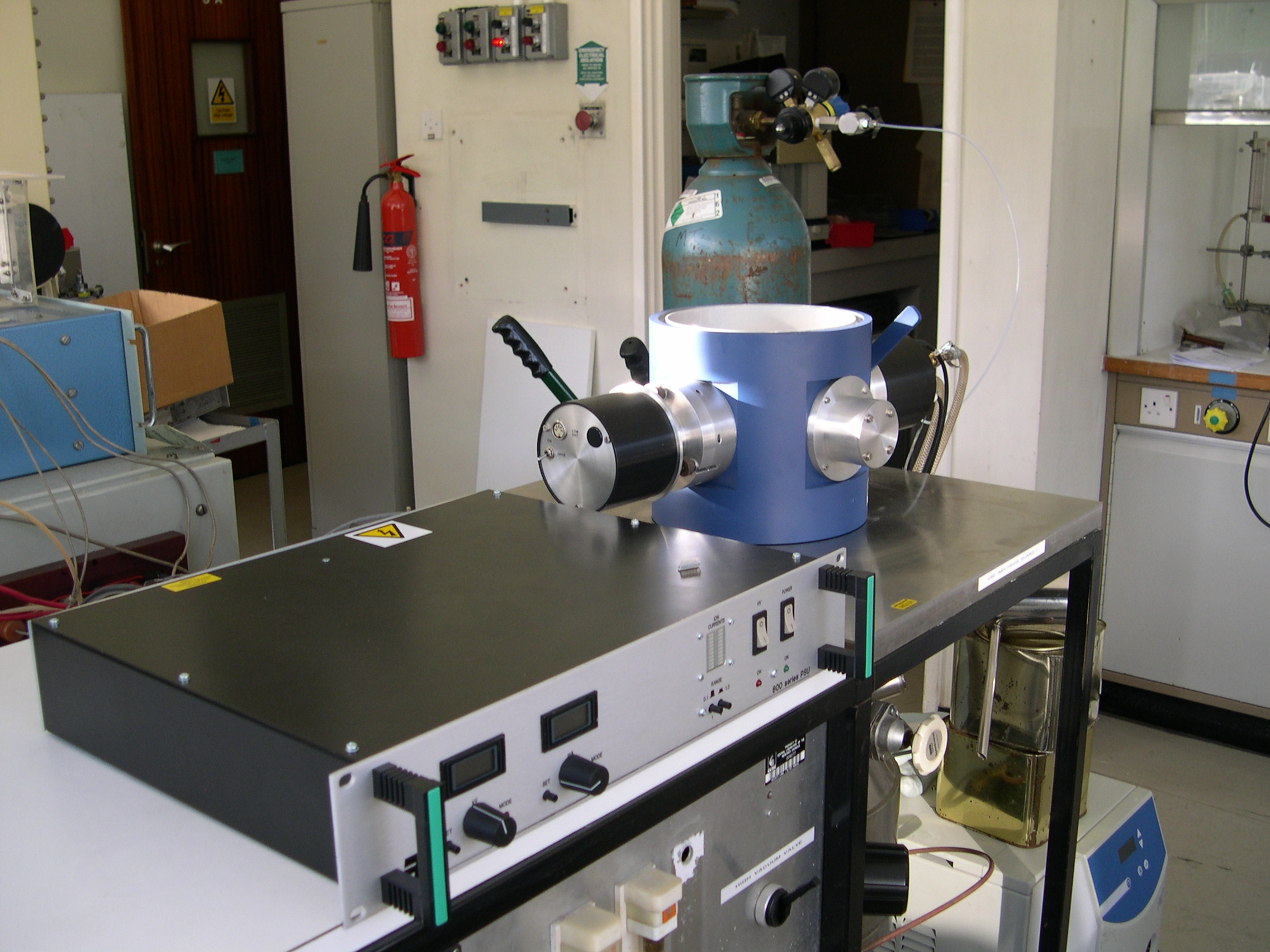 The 800 Series Etching System in the Laboratory
